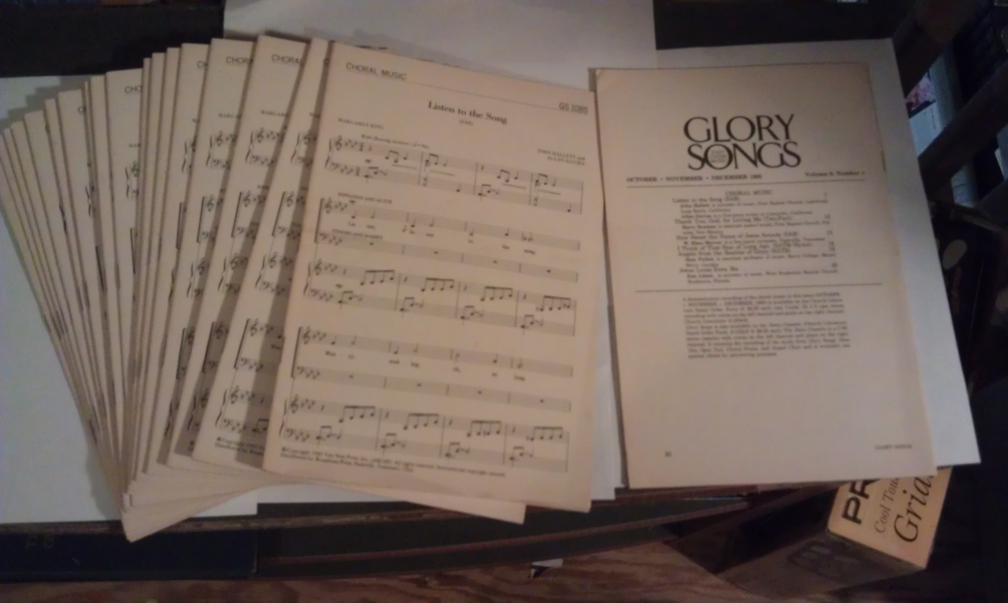 Image for Glory Songs: Easy Choir Music (19 copies) Vol. 6, Number 1)