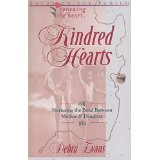Image for Kindred Hearts: Nurturing the Bond Between Mother & Daughter
